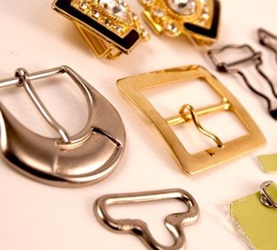 produzione fibbie metalliche